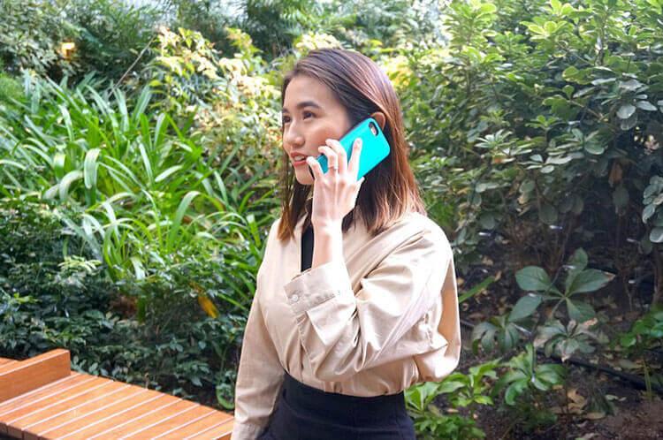電話占いの感想を話す琴美さん
